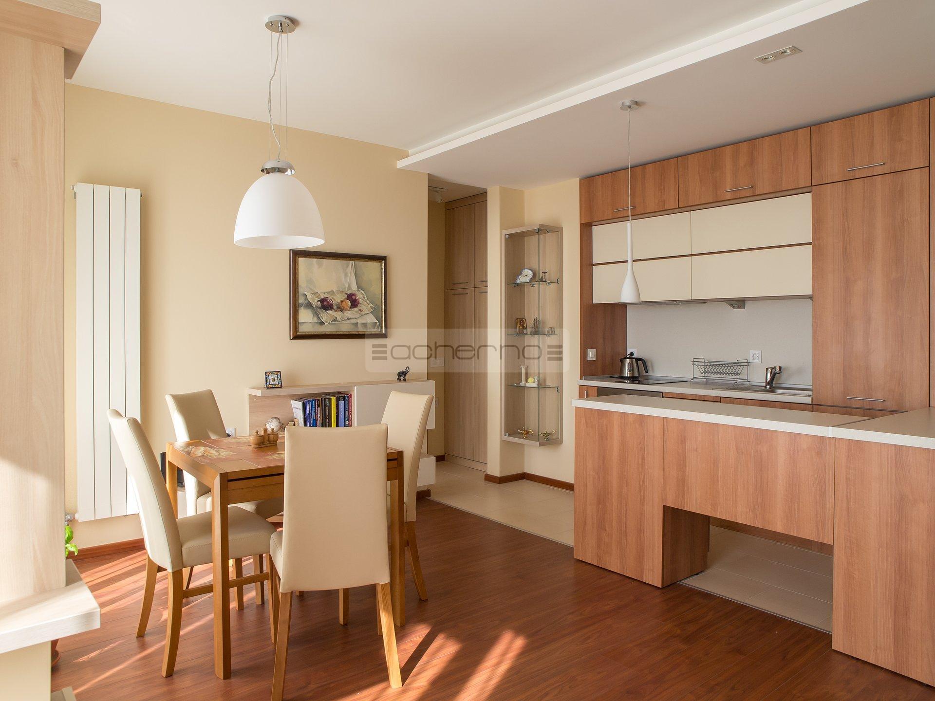 Acherno - Raumgestaltung Wohnung Schlichte Eleganz in Orange