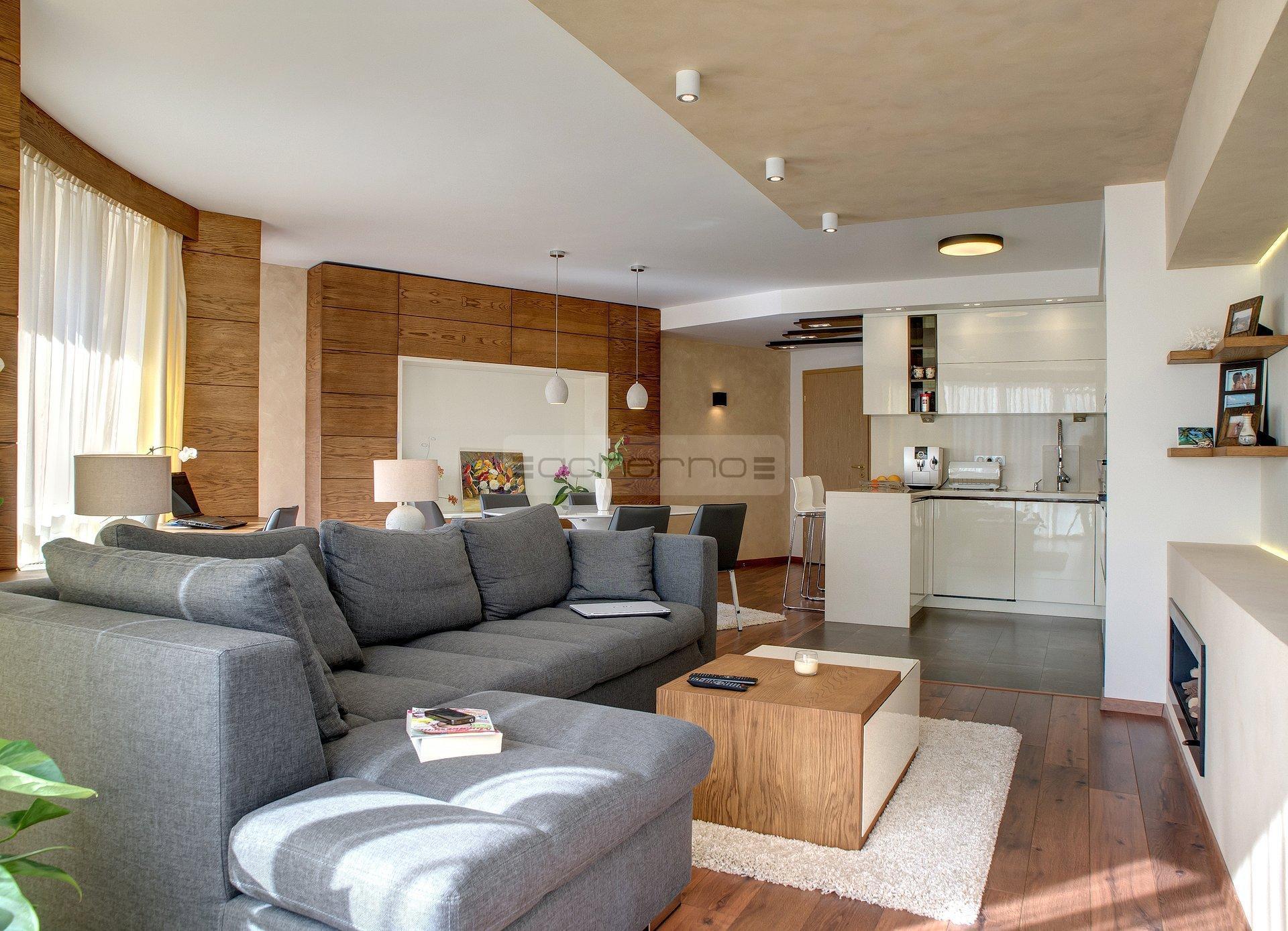 Acherno - Innenarchitektur eines Apartments Lächeln